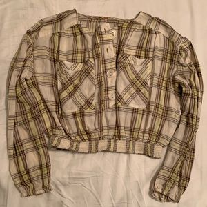 Free People XS NEVER WORN cropped plaid shirt